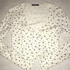 💗Brandy Melville white long sleeve shirt size S